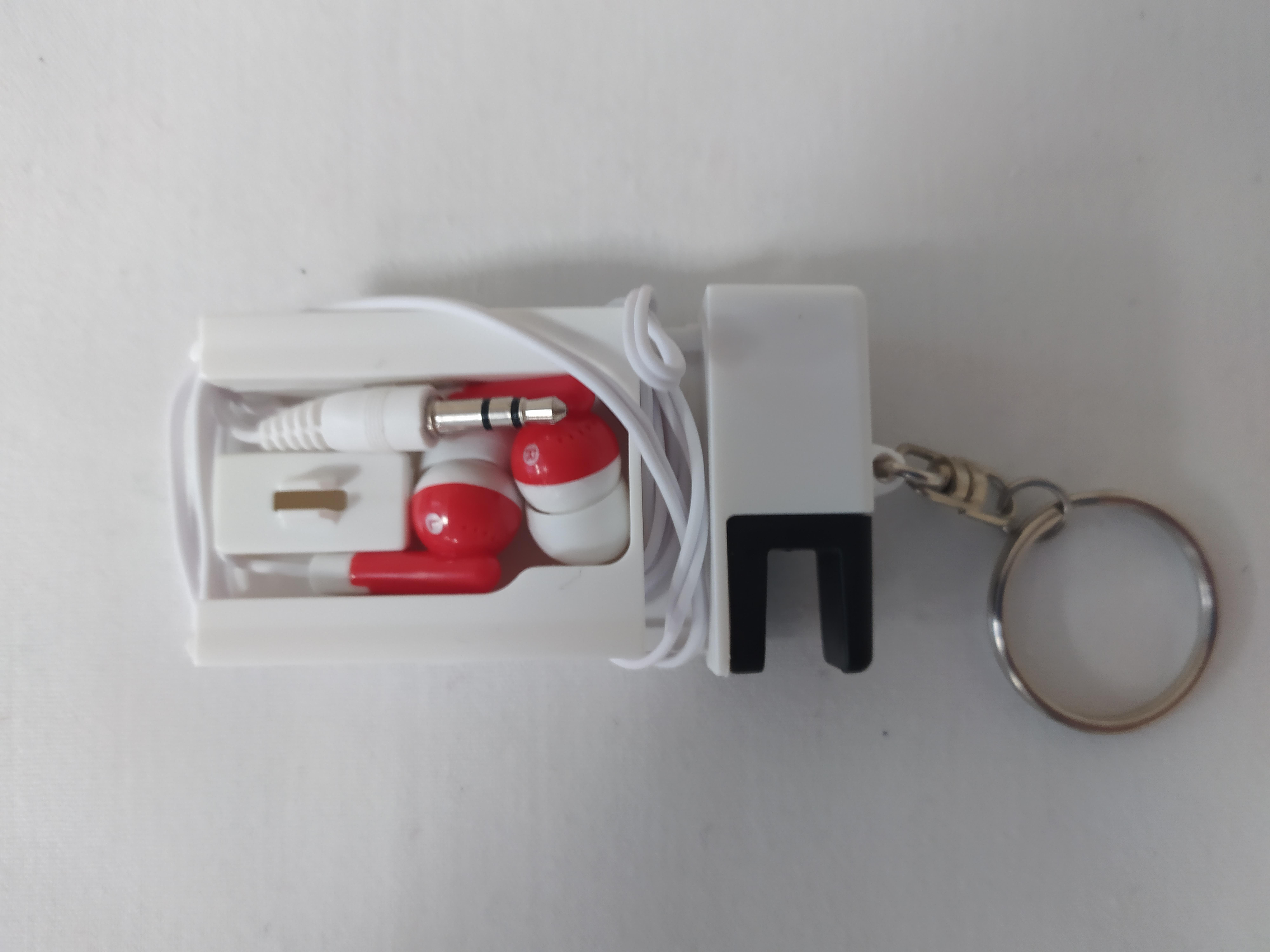 Earbud/Phone Stand Keyrings - £2.50